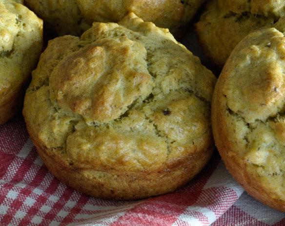 pesto muffins