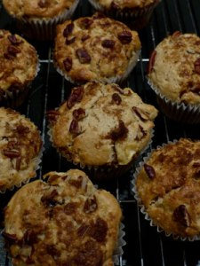 Apple-Pecan-Muffins