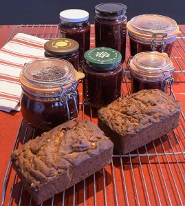 Redcurrant relish, date and almond fruit loaf